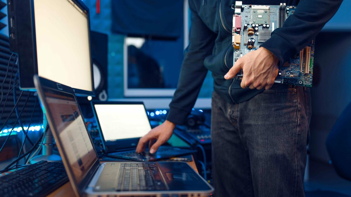 Managed services BNET untuk keamanan siber perusahaan dan organisasi di Karawang